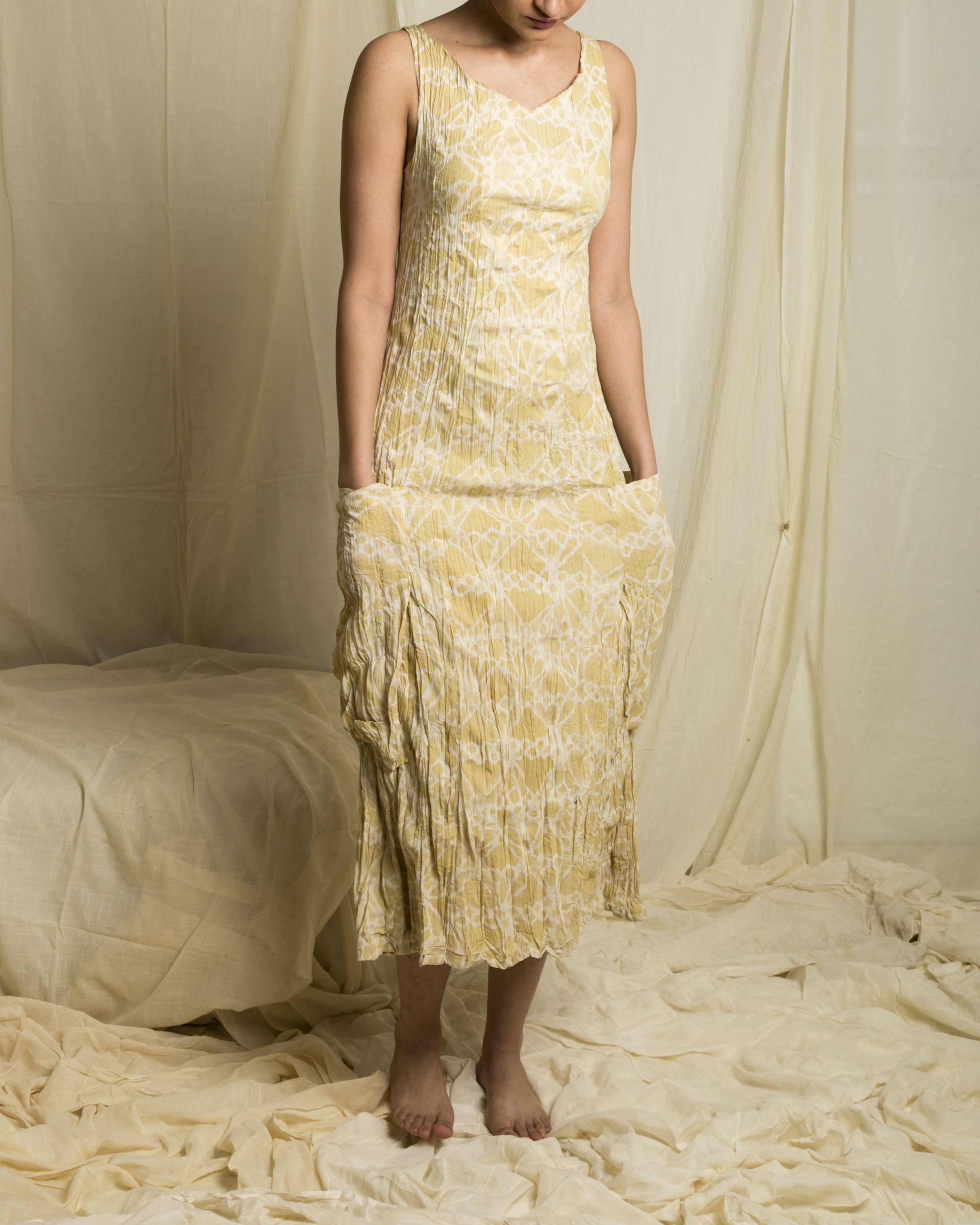 Pale vagabond dress