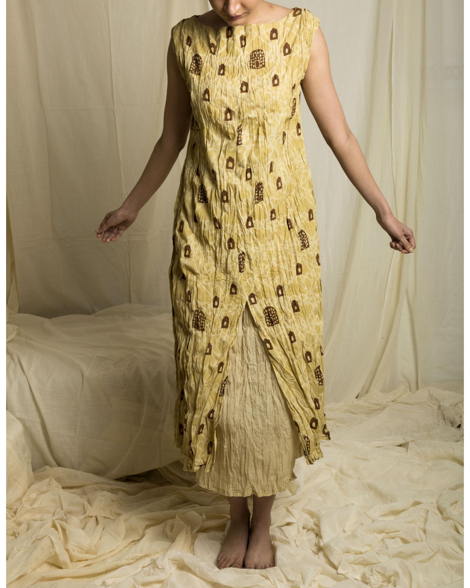 Sandy snug dress