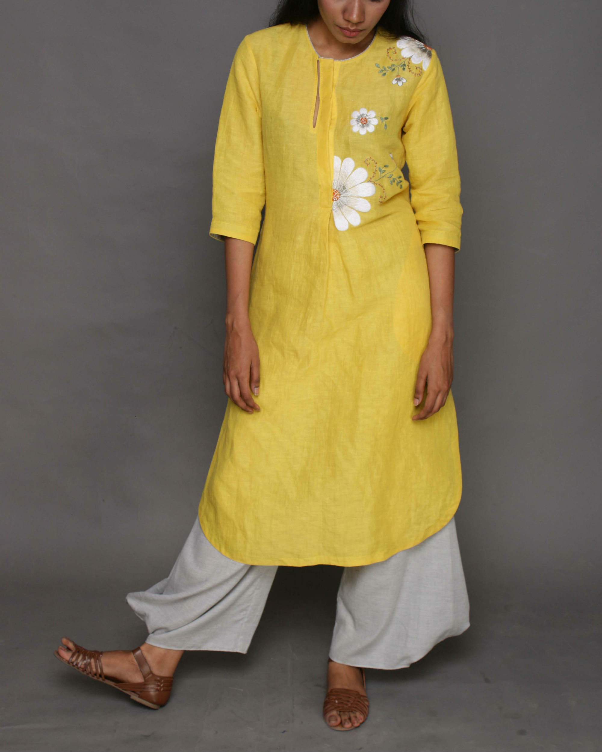 Yellow linen jasmine tunic