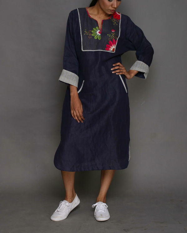 Navy gardenia linen tunic