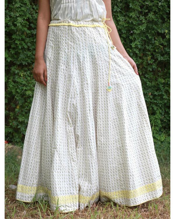 White yellow summer skirt