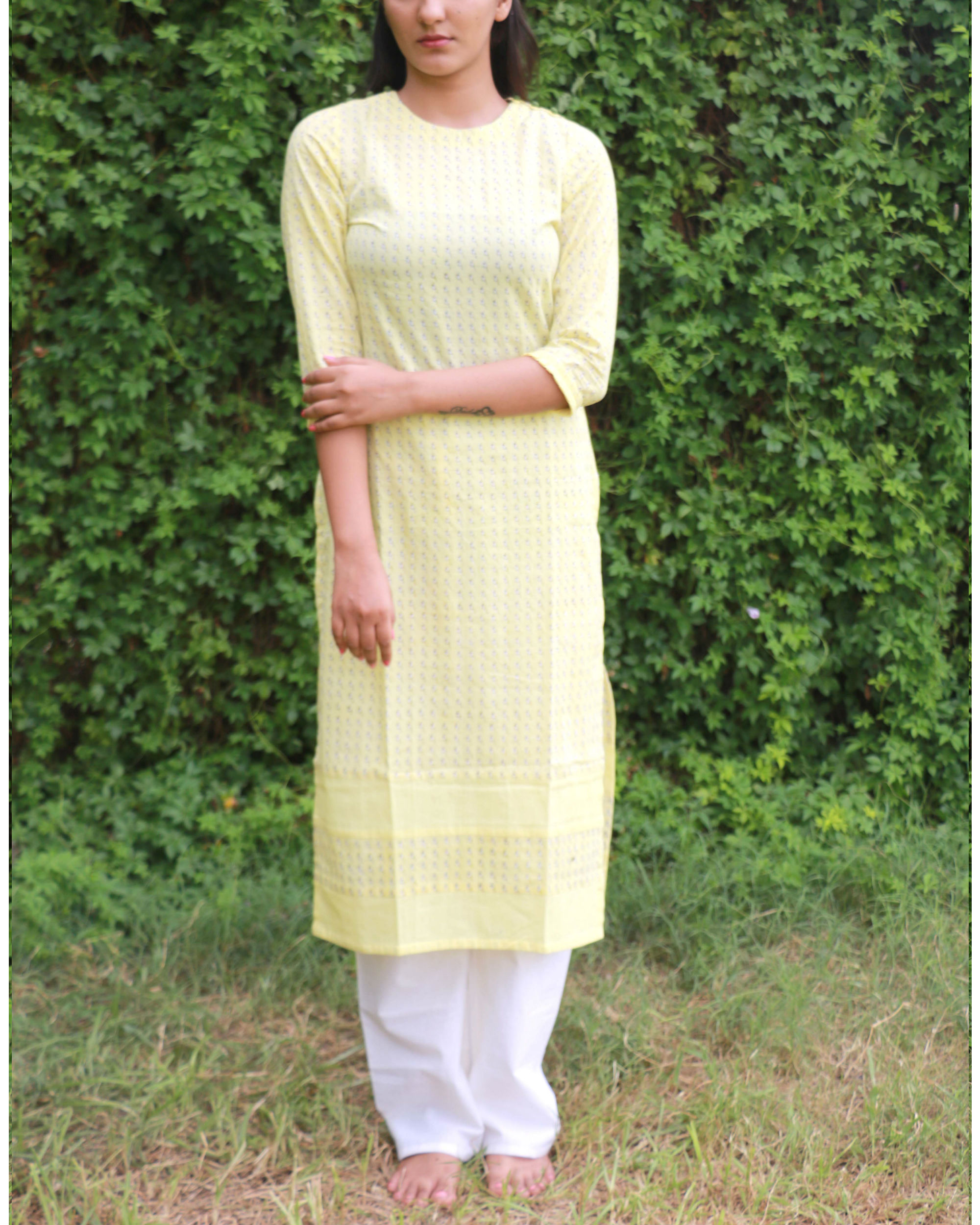 Yellow kurta with shoulder opening