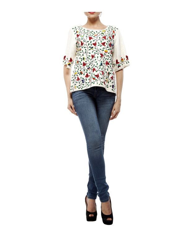White applique top