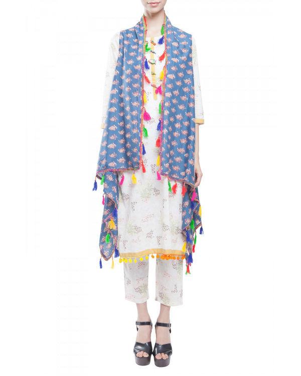 Ivory kurta set with jacket