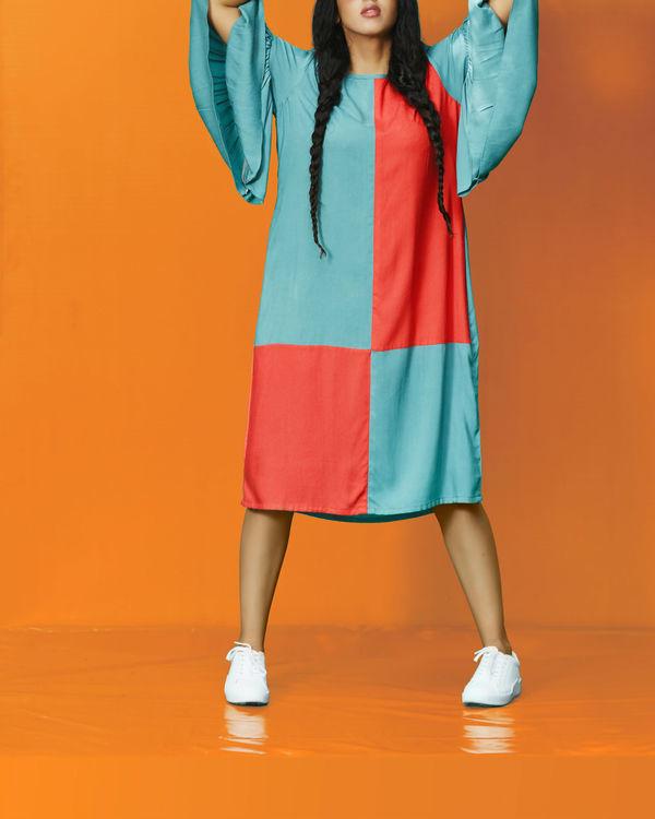 Lamda dress