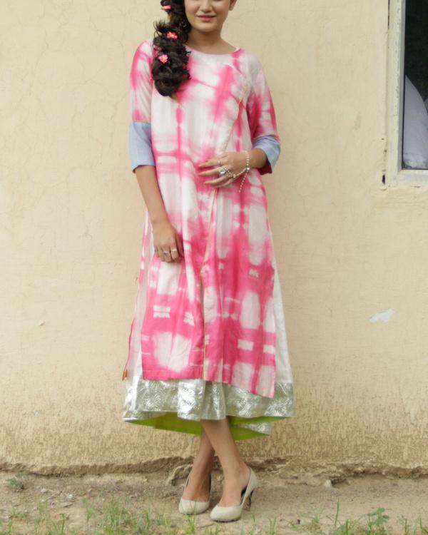 Pink shibori kurta with inner