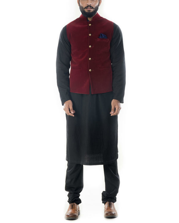 Black solid kurta with wine red velvet jacket