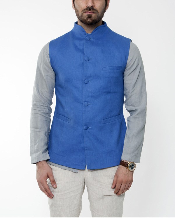 Blue linen extended collar bandi