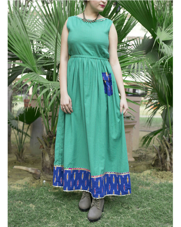 Green handloom dress