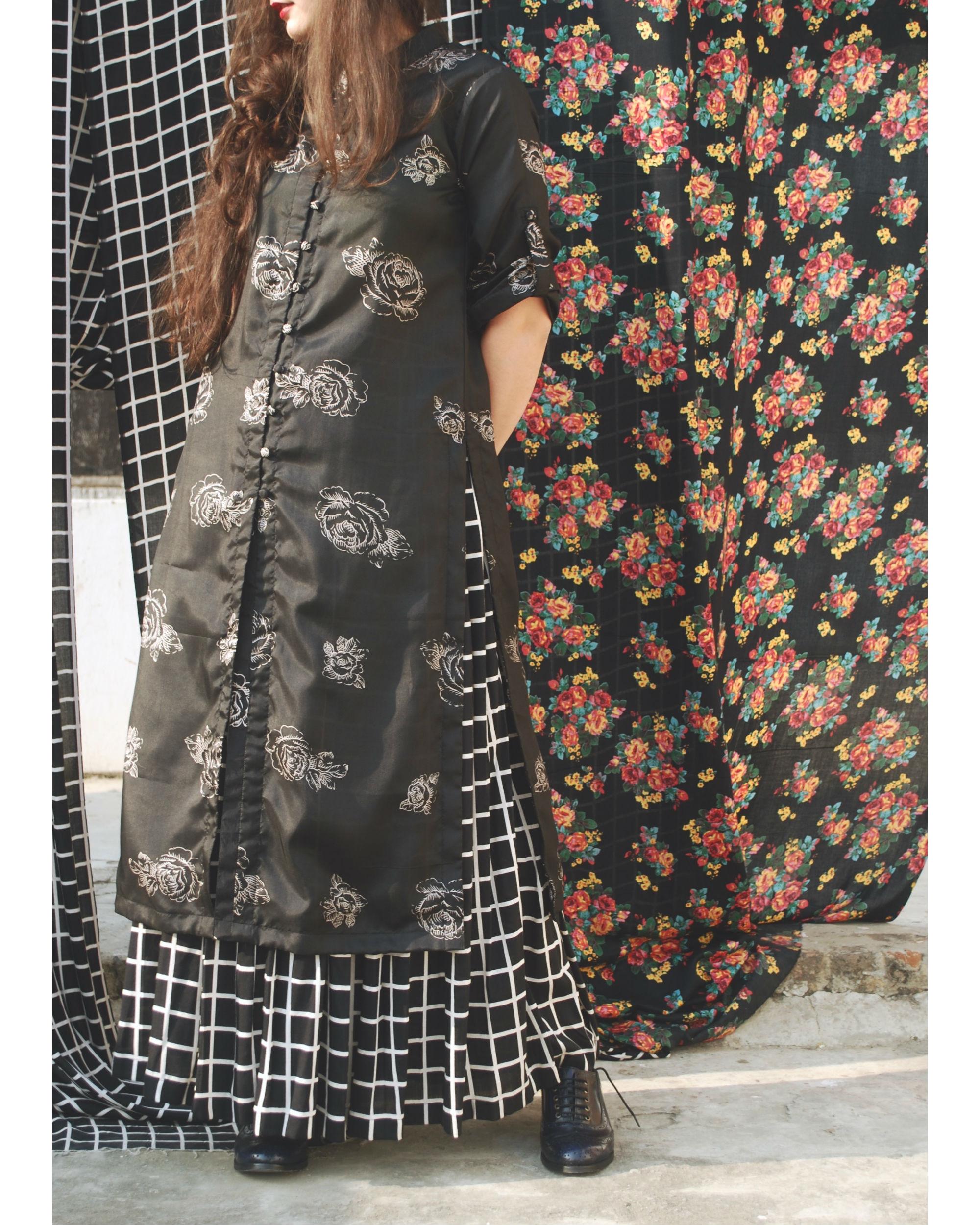 Black rose tunic