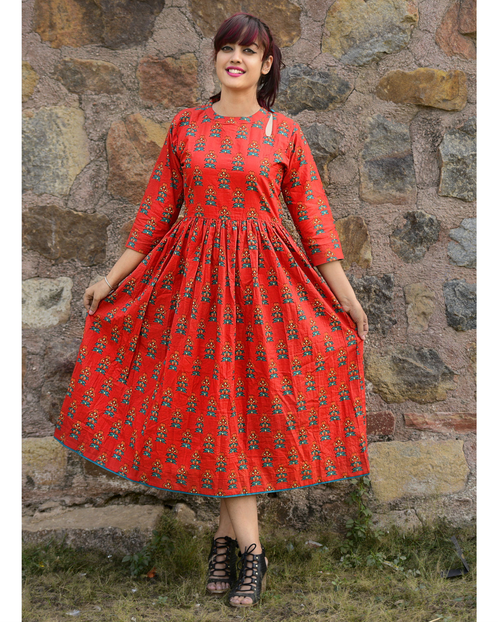 Red phoolbuti dress