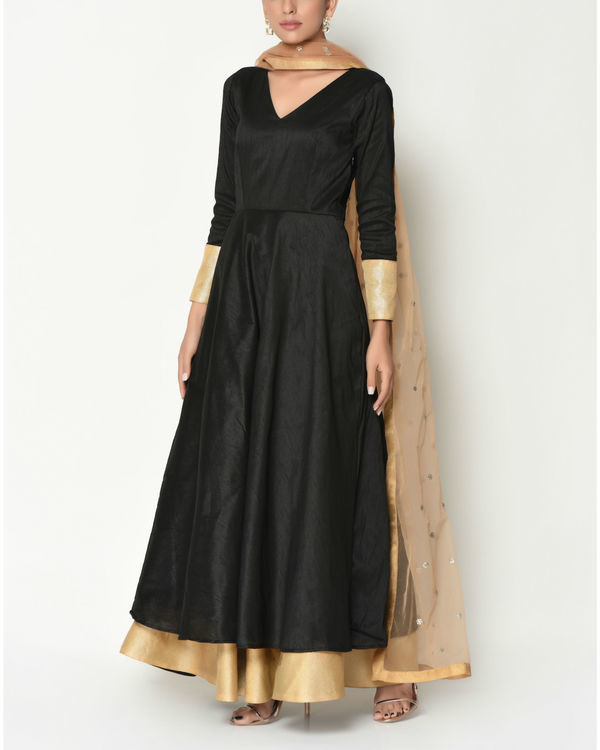 Black layered tunic with dupatta