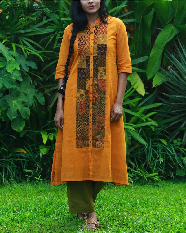 Ochre kurta with camisole