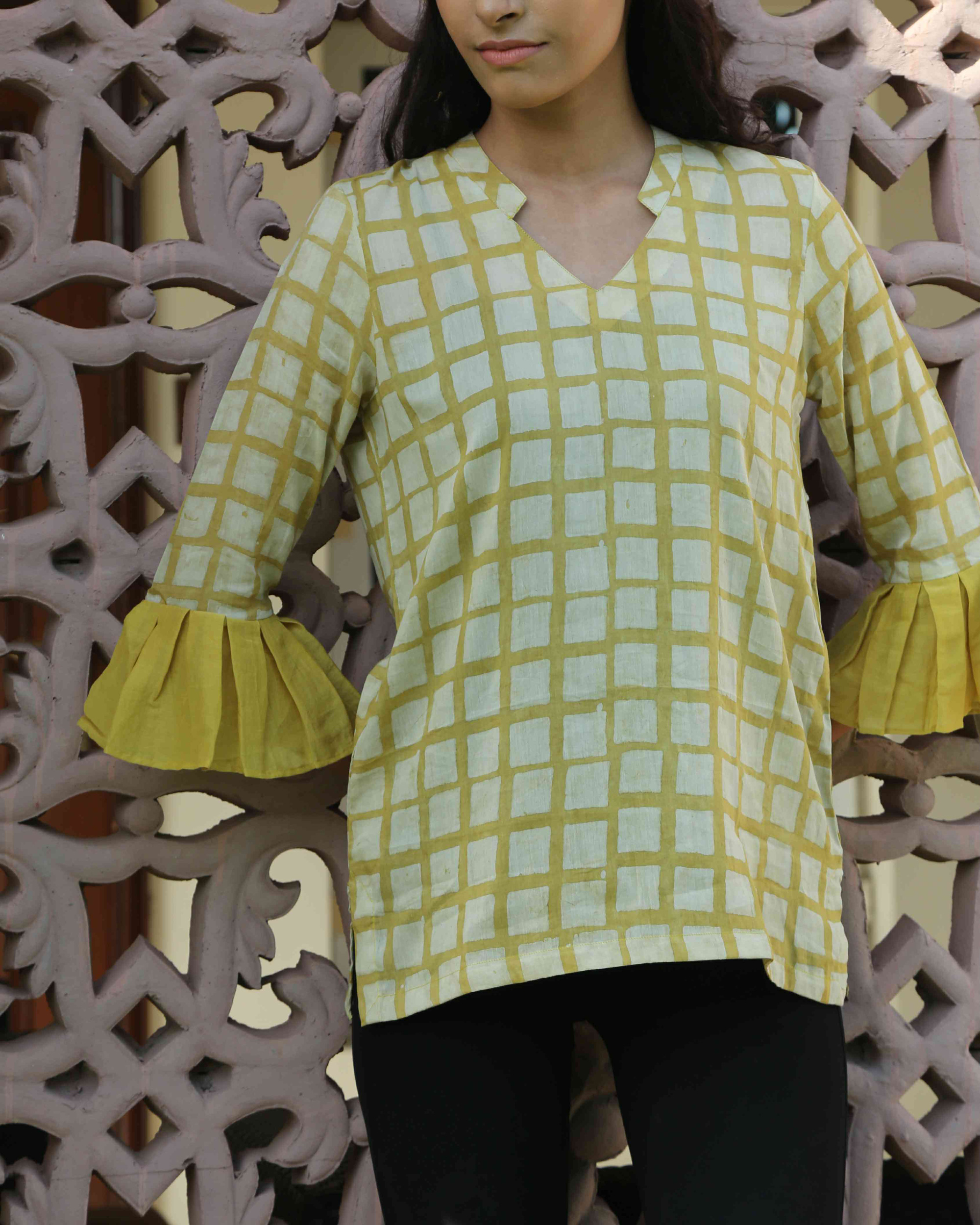 Mustard chequered top