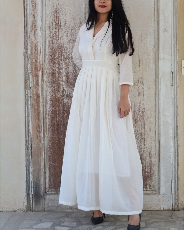 White serenity gown