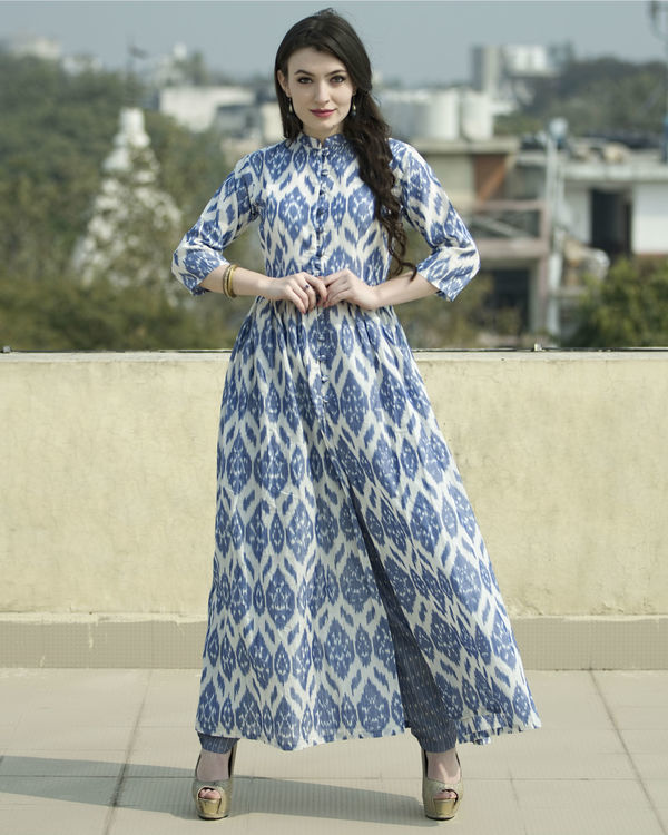 Set of  jade blue ikat cape with straight pants