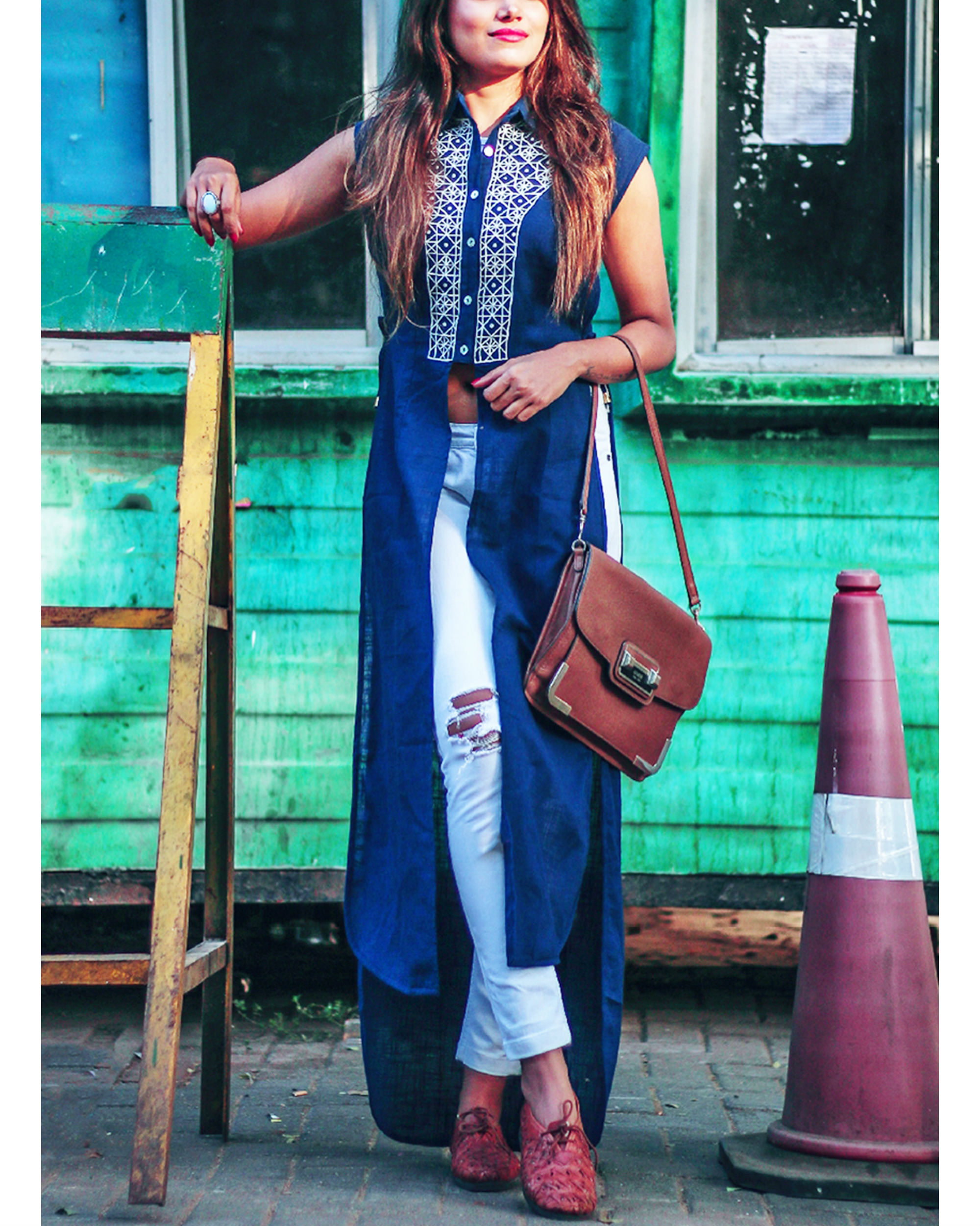 Geometric embroidery maxi shirt