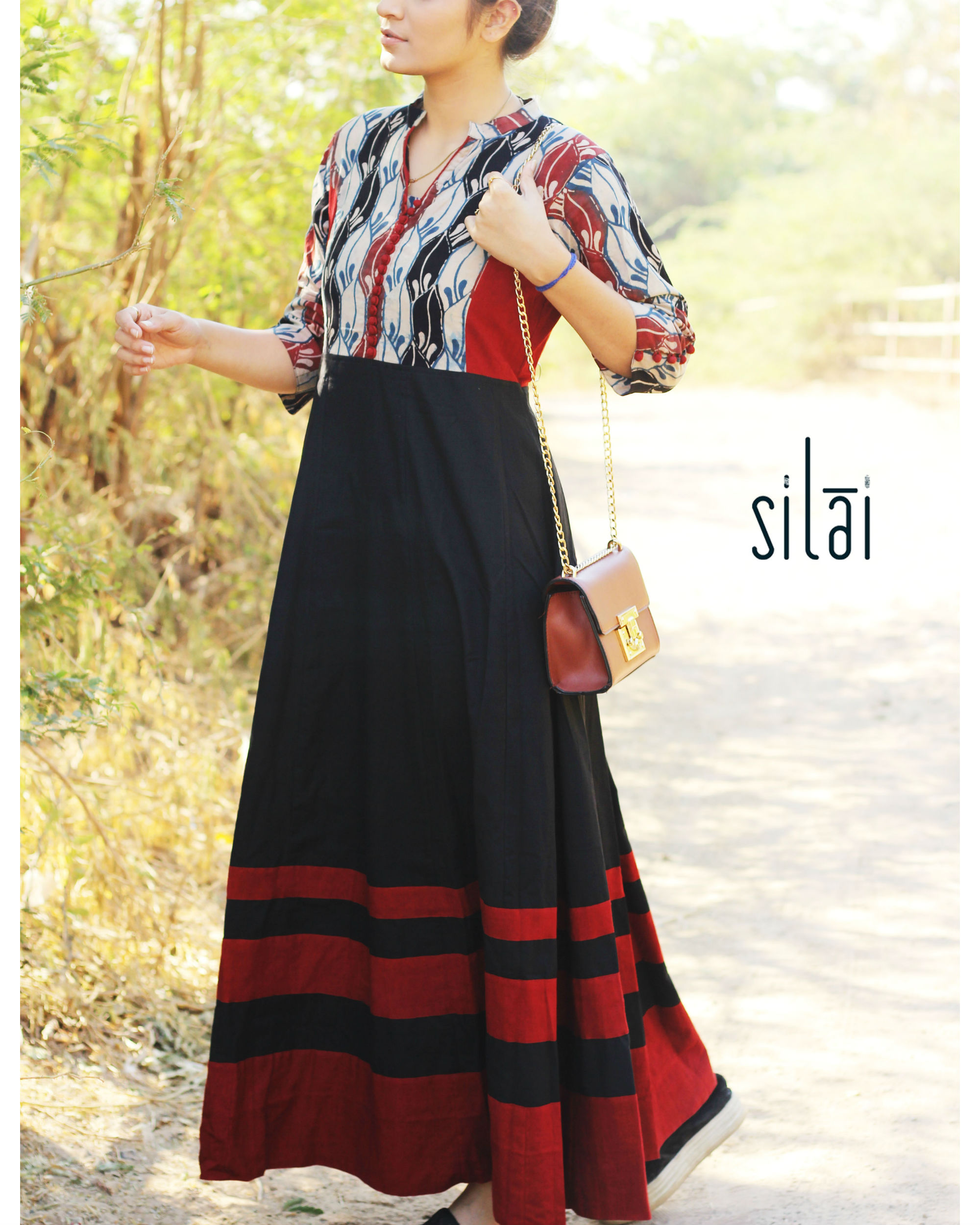 Black graded border maxi