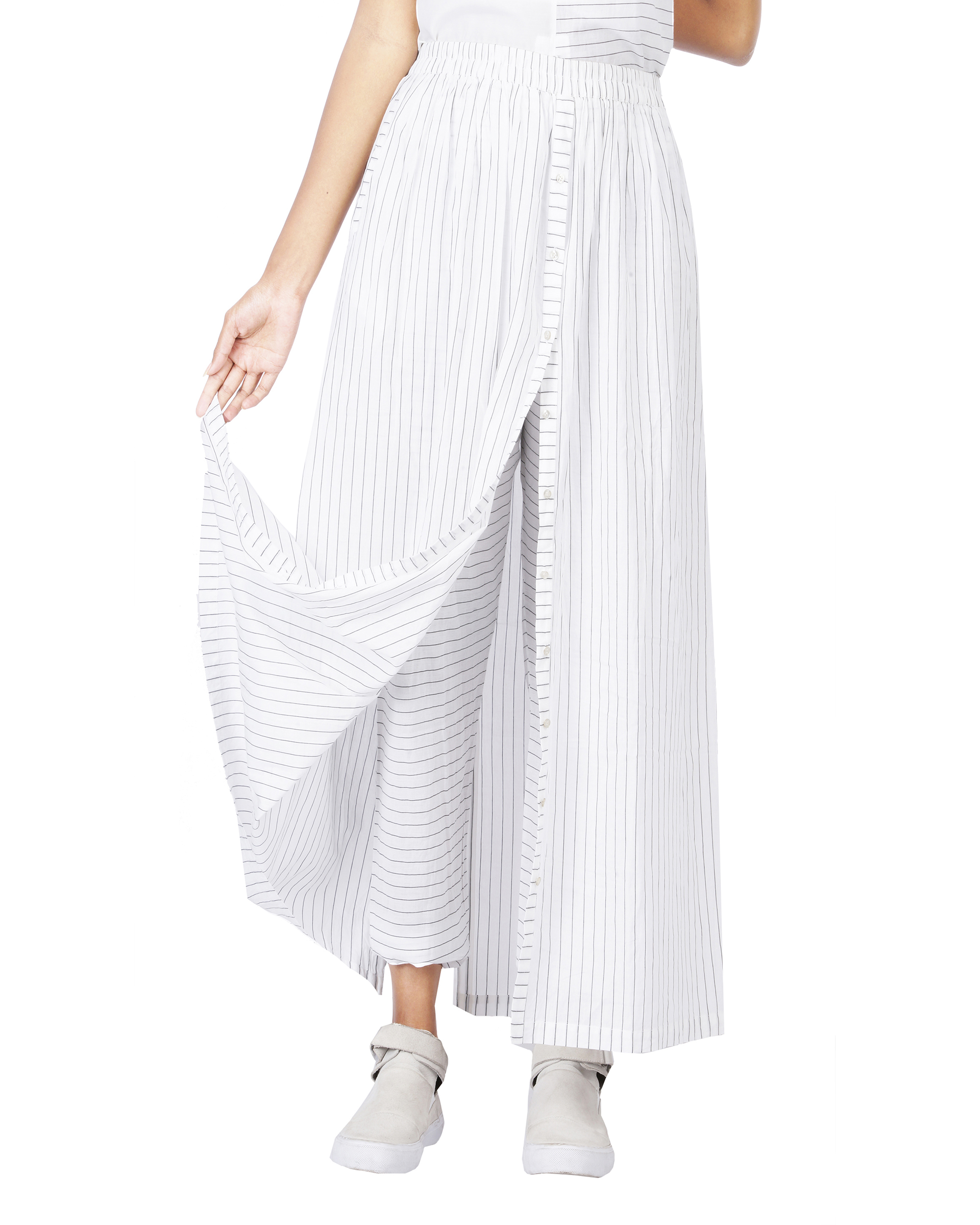 Black and white skirt pants with front opening