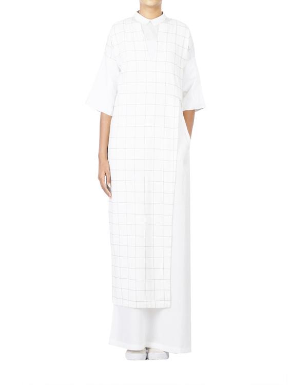 V neck checkered front high slit dress