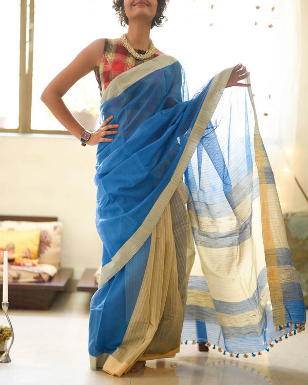 Sky and sand sari