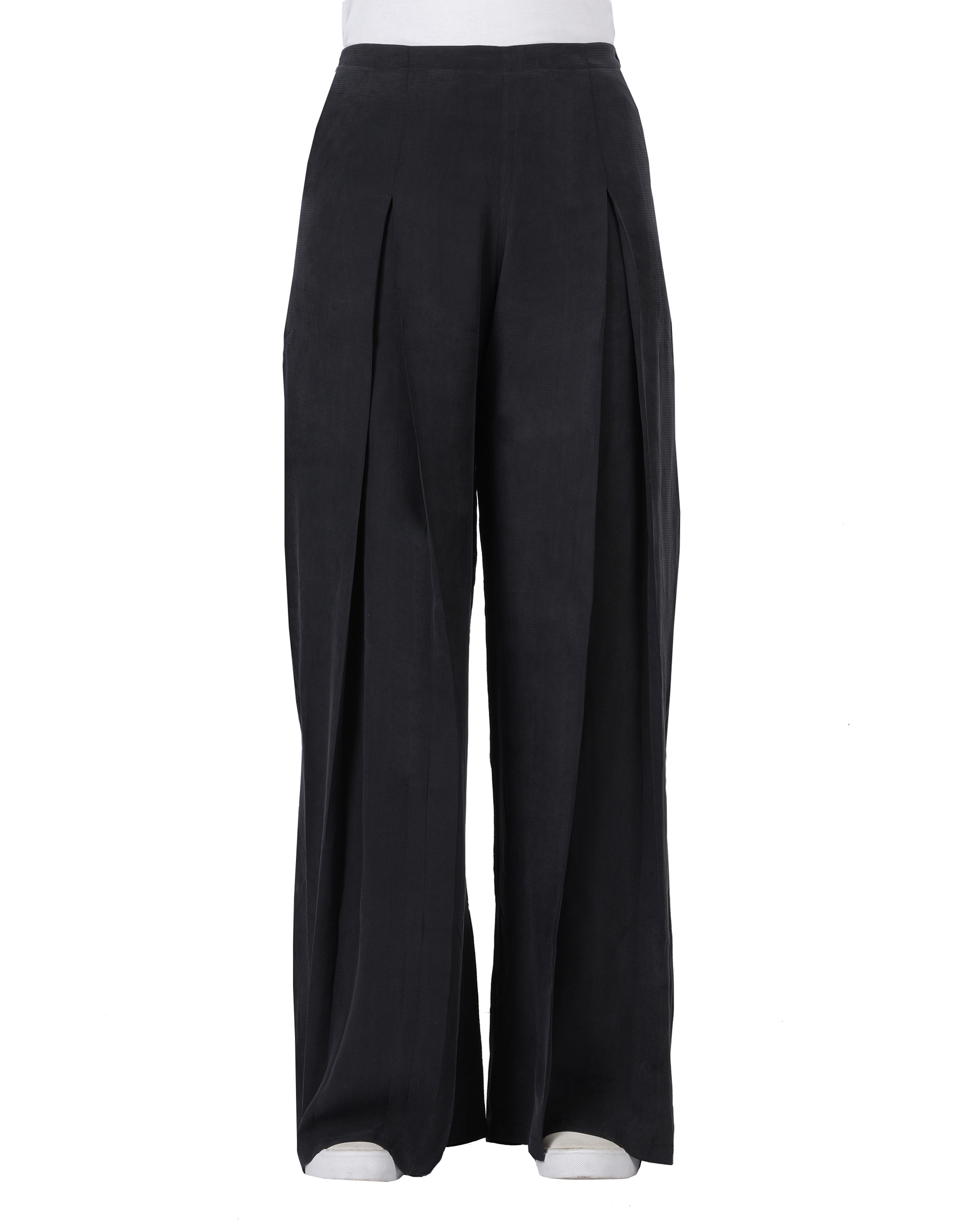 Black cupro front pleated pants