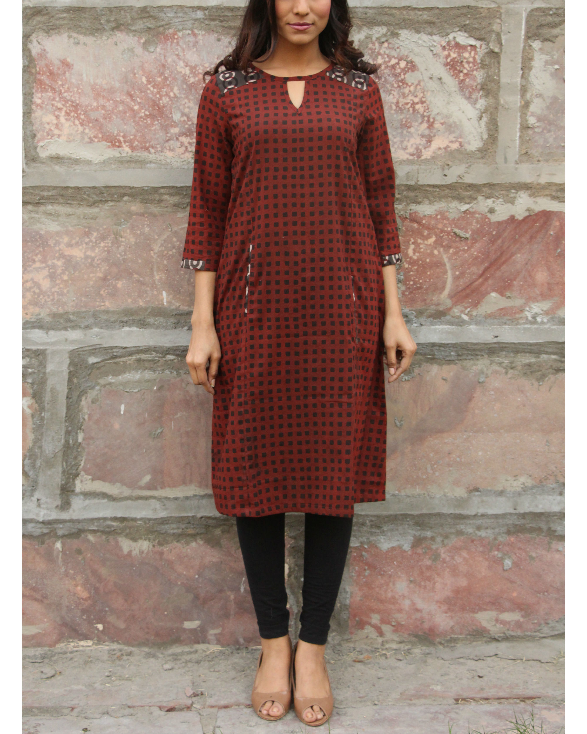 Maroon checkered pocket tunic
