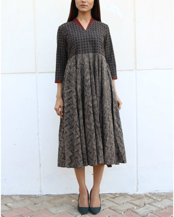 Grey checkered yoke gathered dress