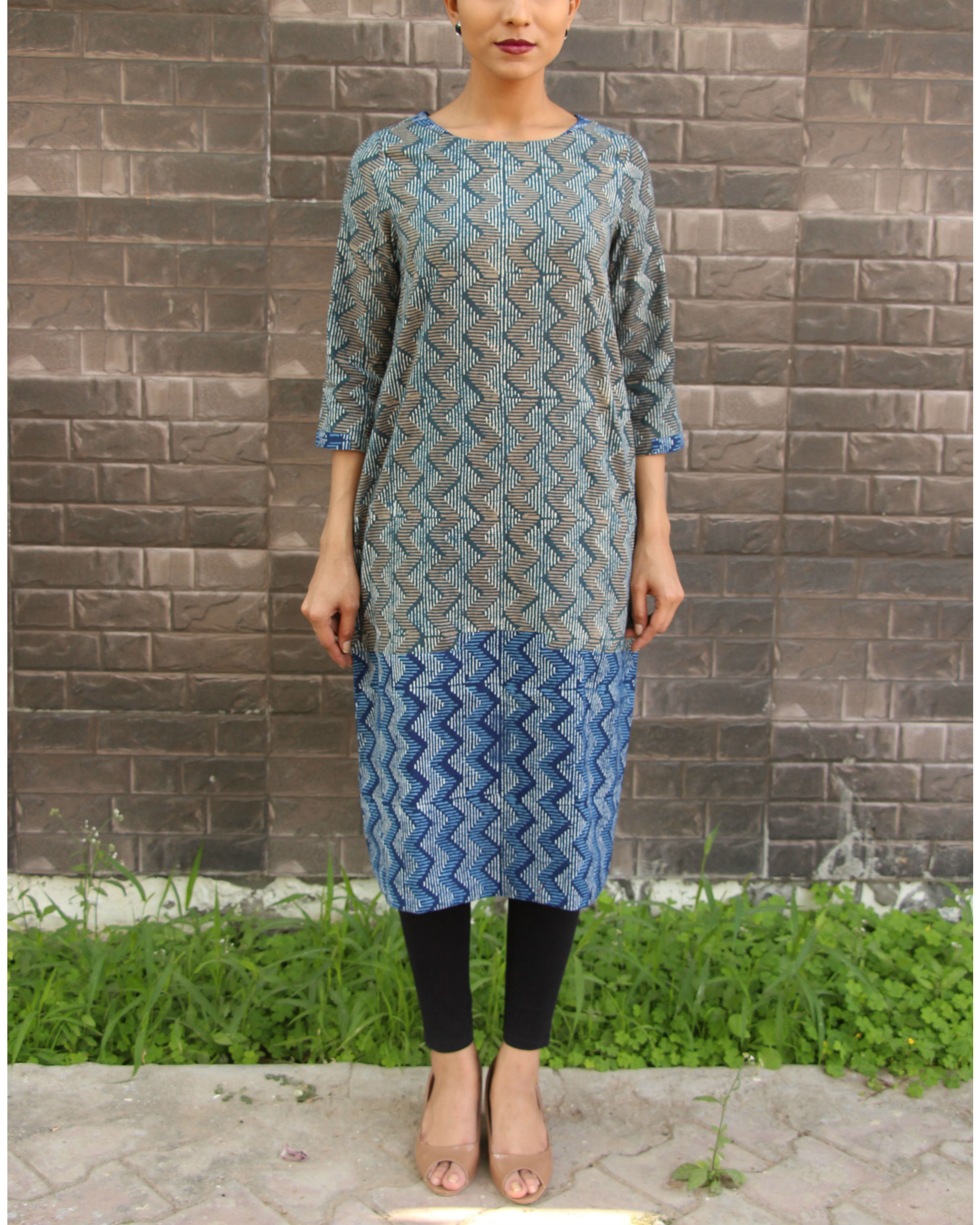 Grey and blue zig zag tunic