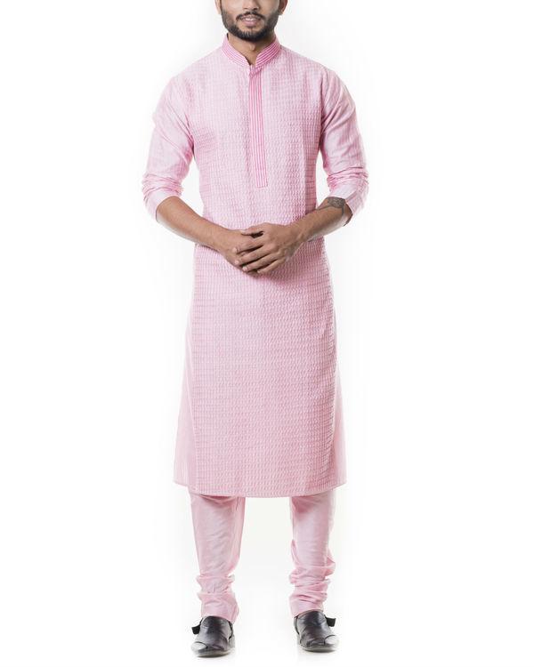 Pink kurta set with  pintucks