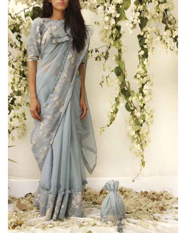 Urban love sari