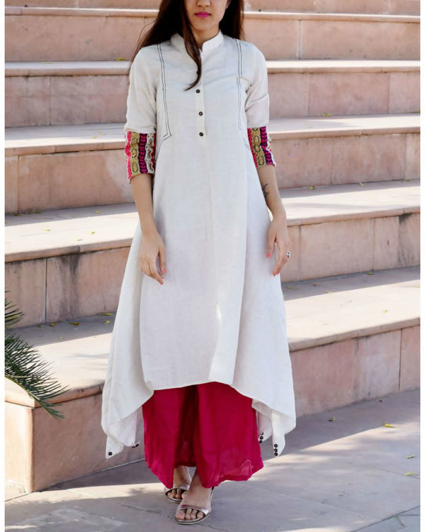 White embroidered boho tunic