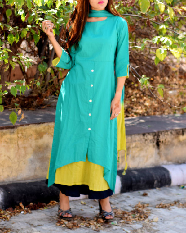 Dual toned buttoned tunic with stole
