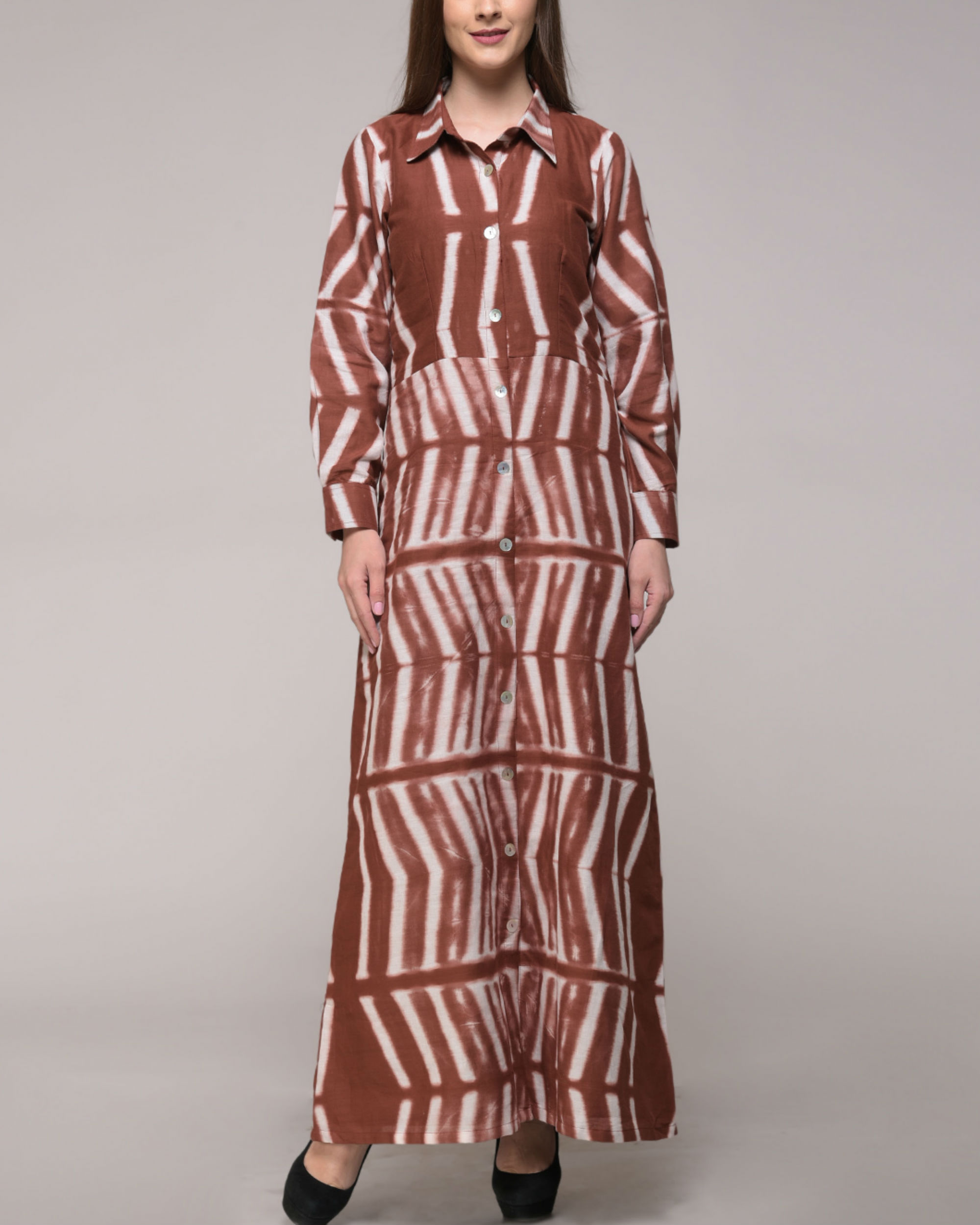 Clamp dyed brown dress