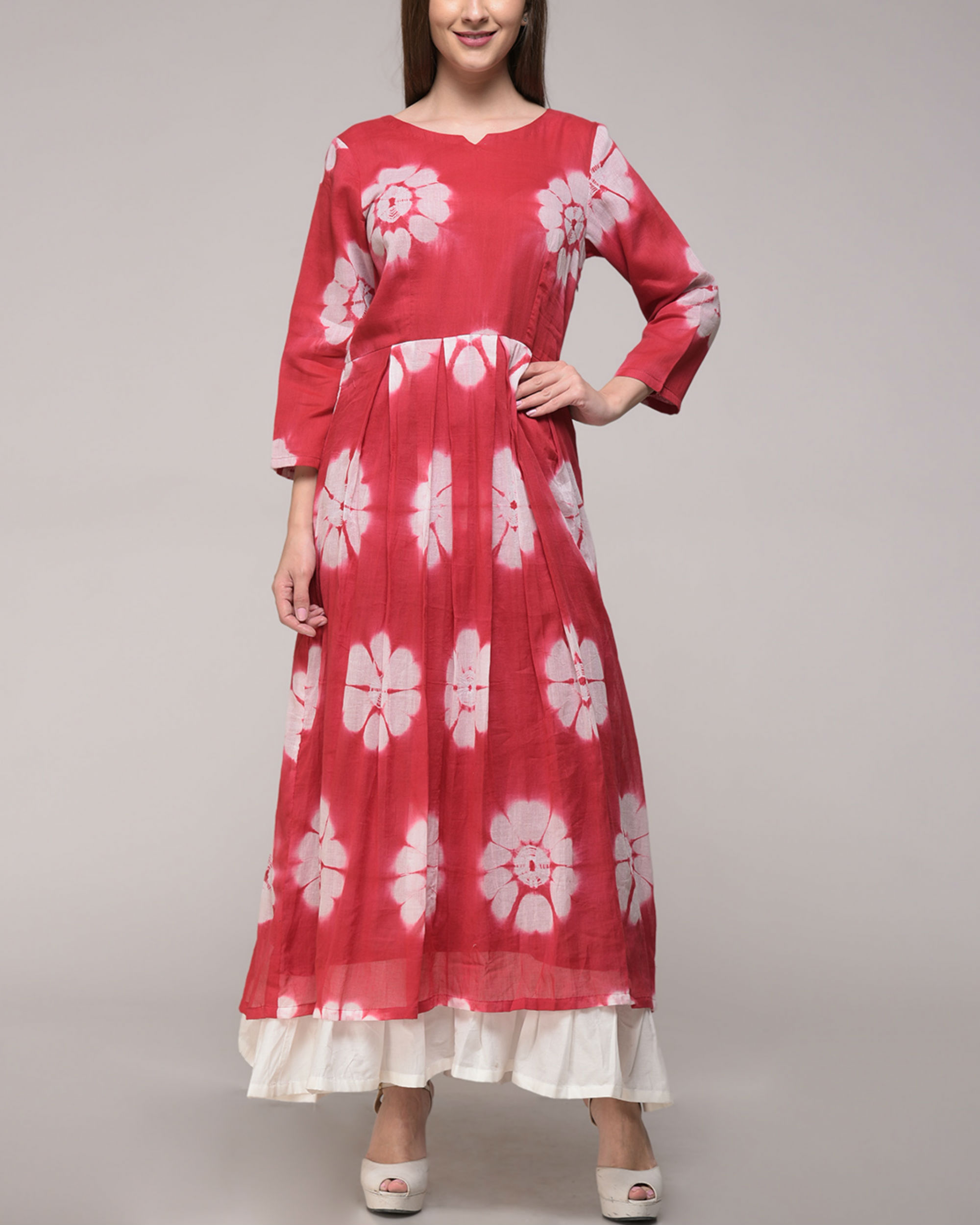 Red floral pleated maxi
