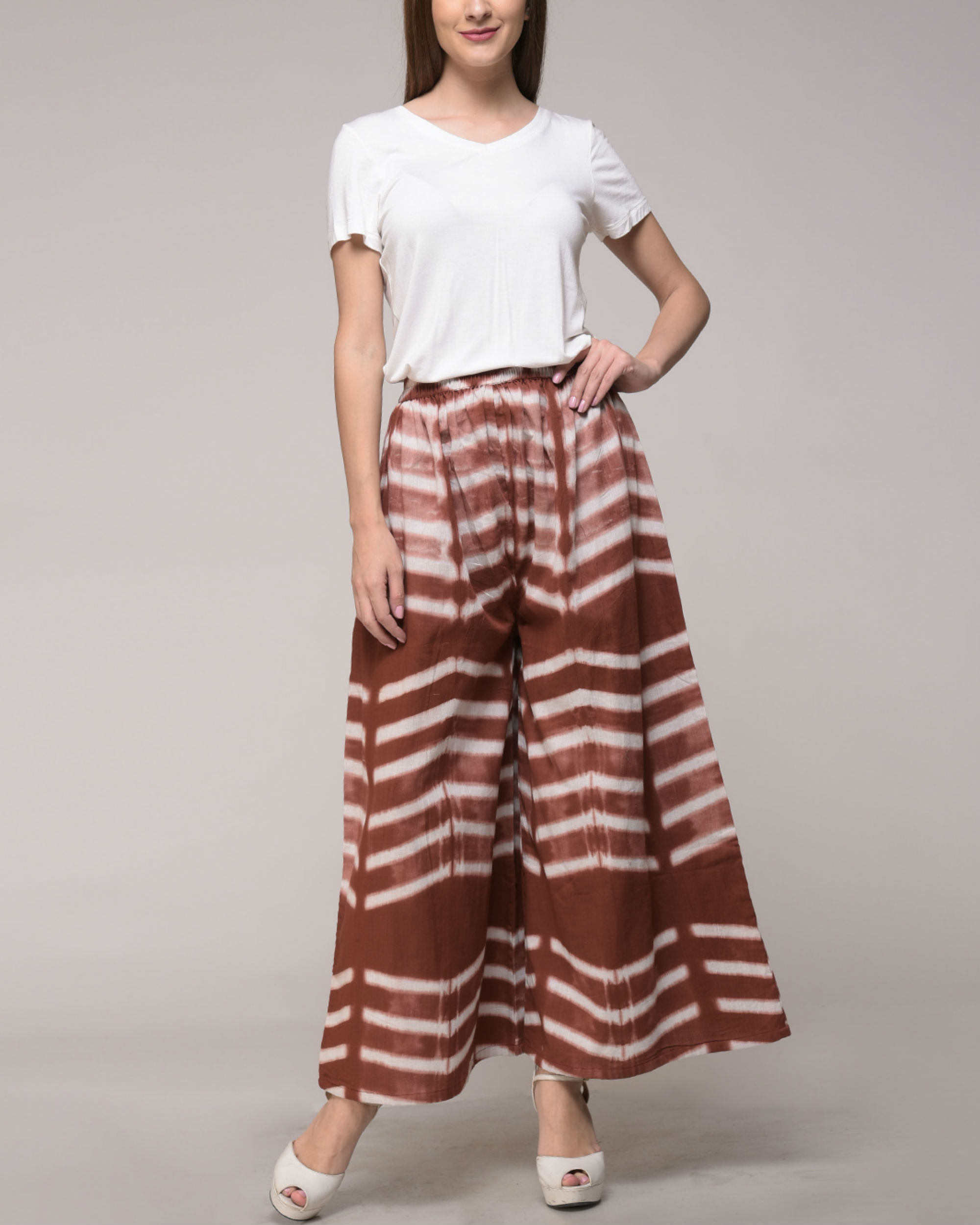 Clamp dyed brown palazzos