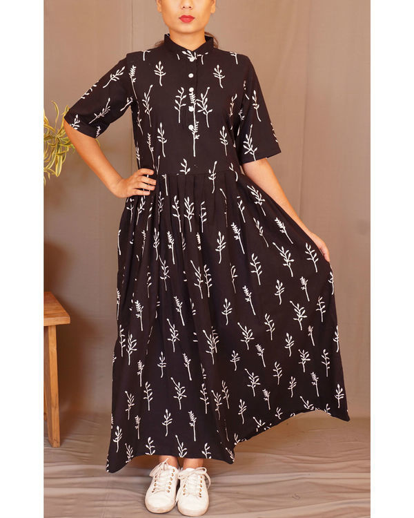Black floral gathered maxi
