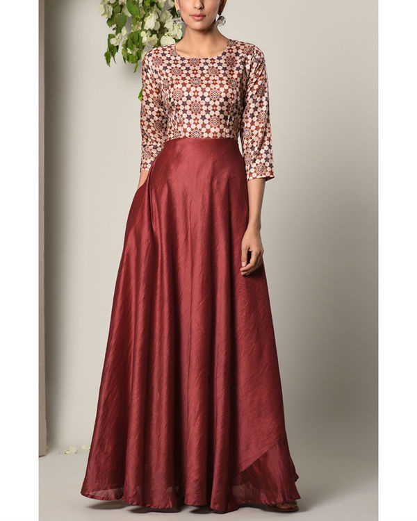 Maroon bodice print dress