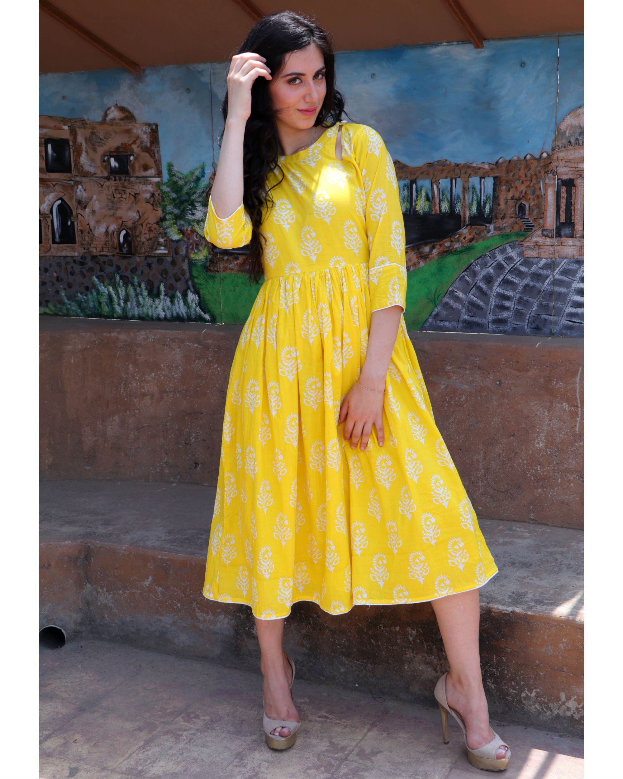 Citrus yellow midi