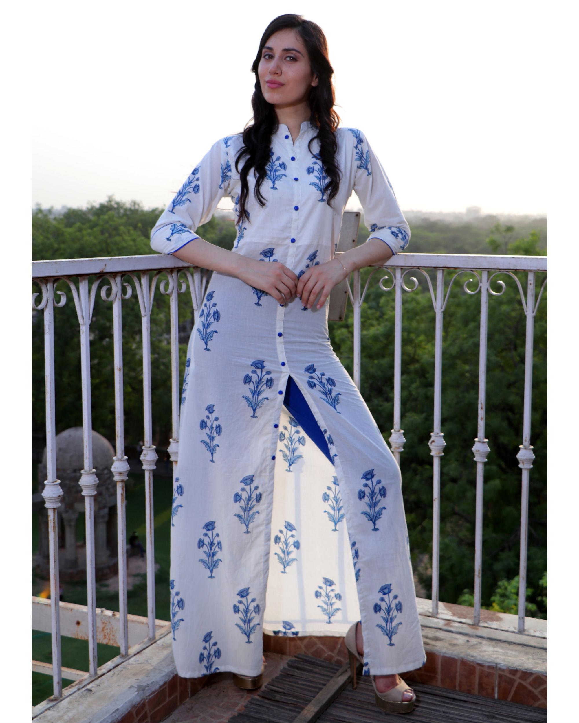 Floral motif front slit cape