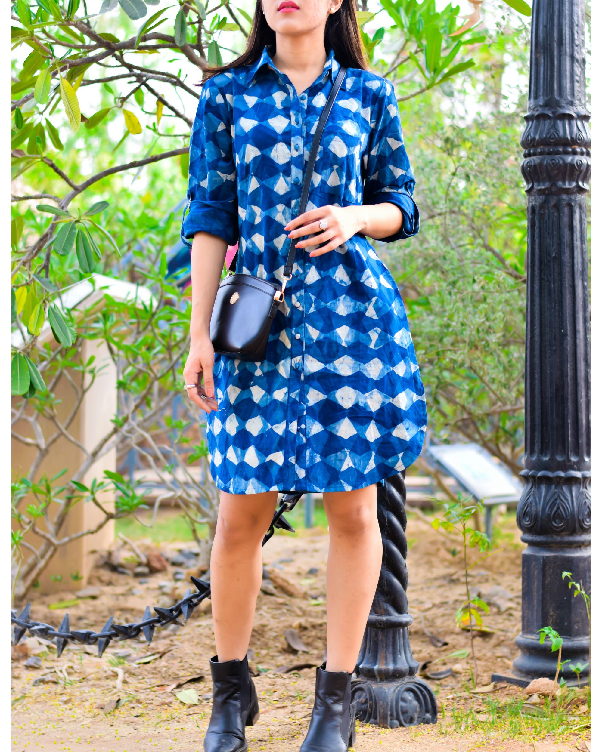 Classic block mini dress