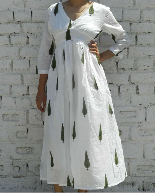 Green leaf printed dress