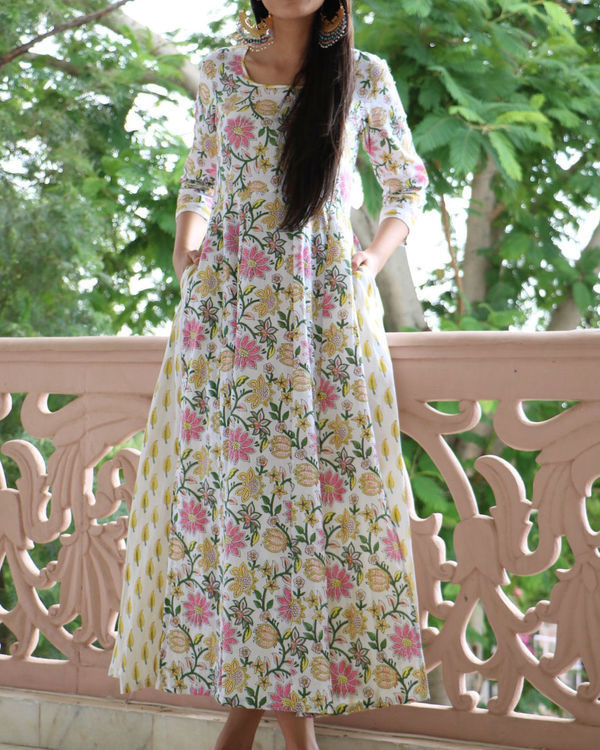 Floral flared maxi