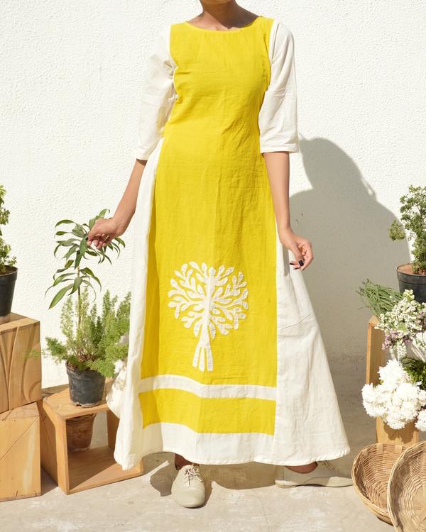 Yellow-white applique dress