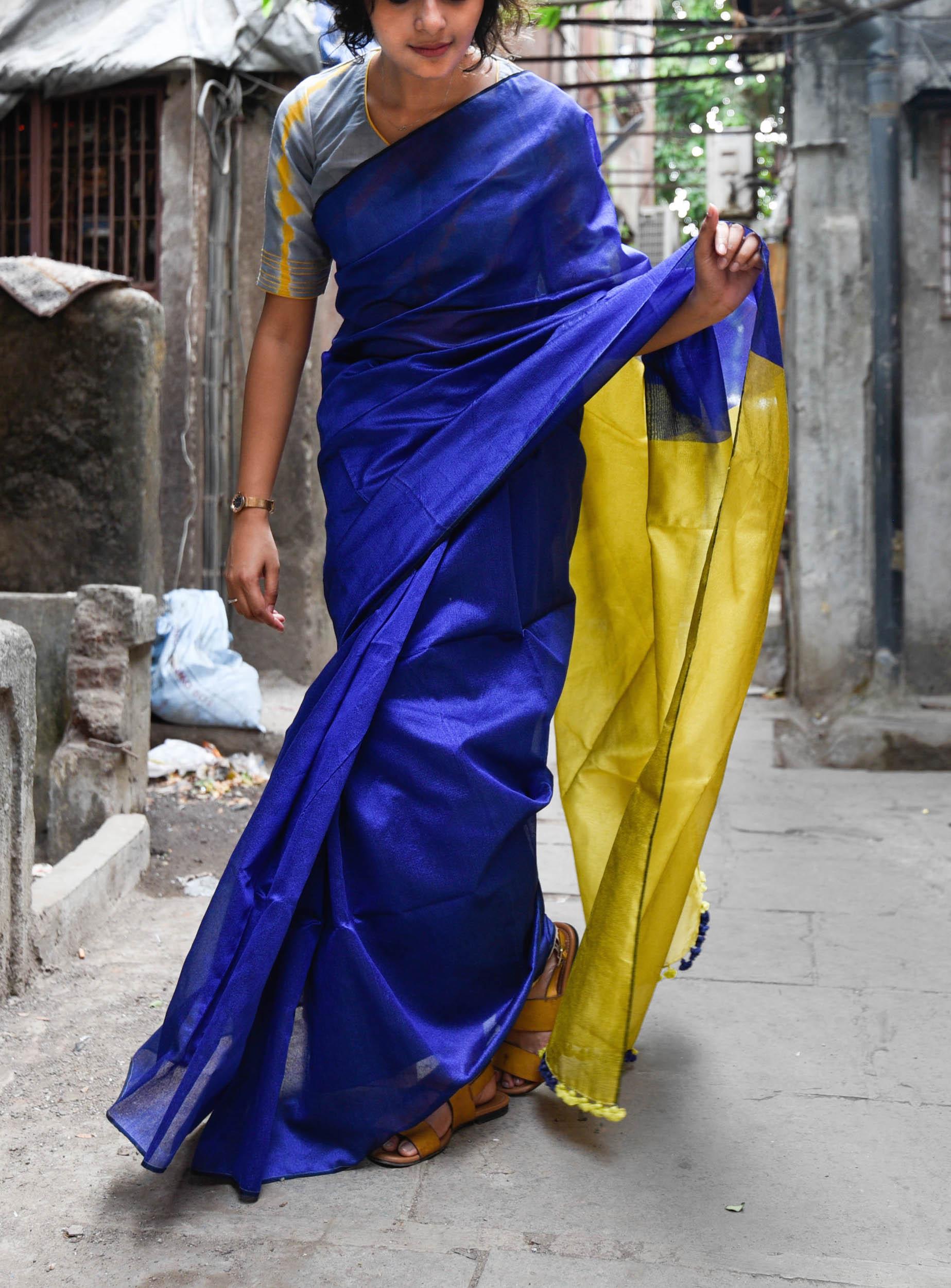 Sapphire pear sari