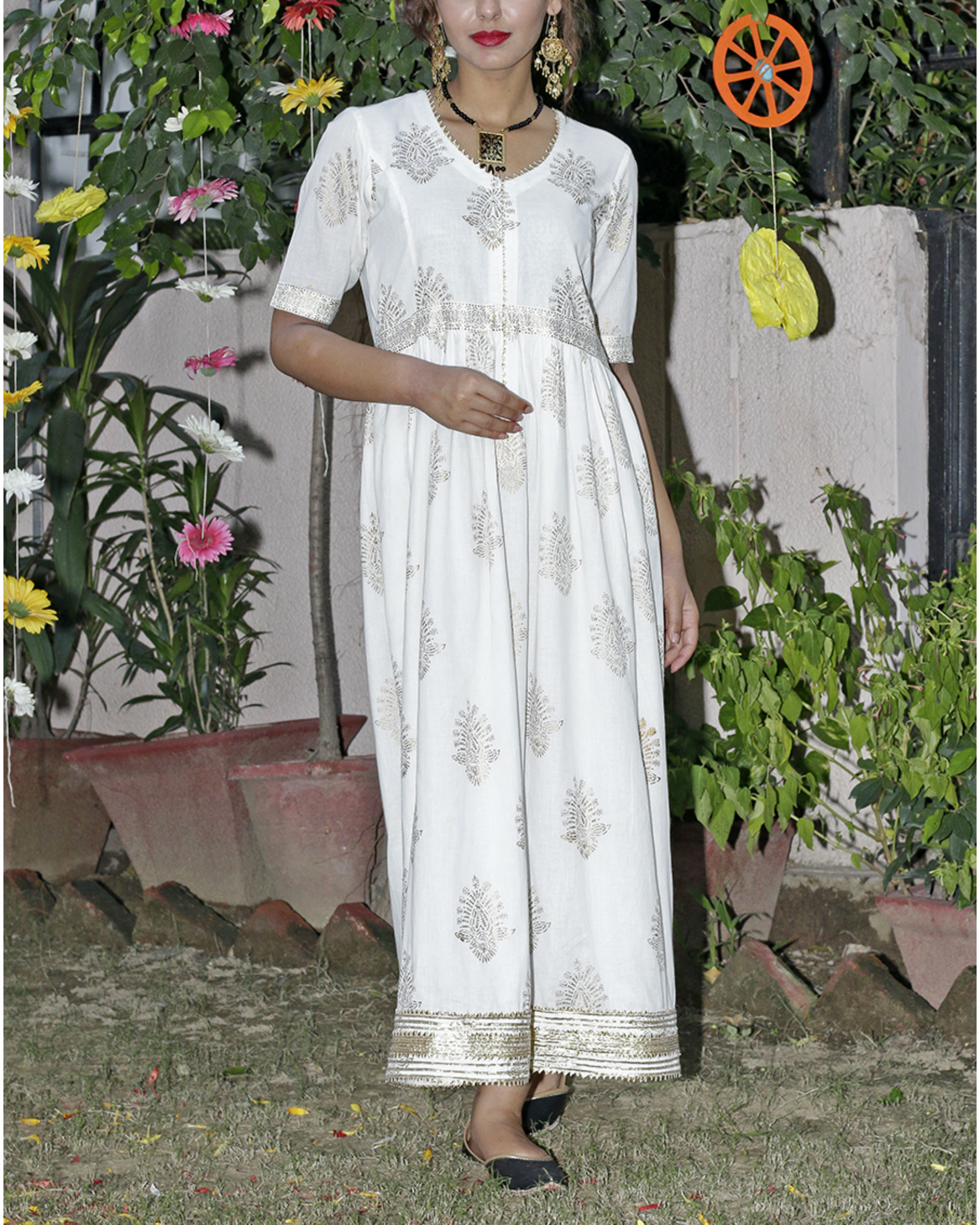 Antique white gold printed tunic