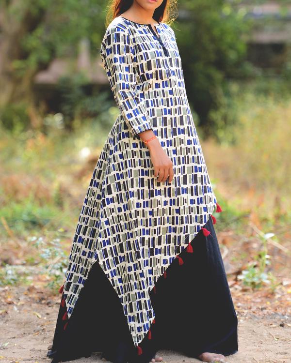 Asymmetrical persian kurti with black skirt