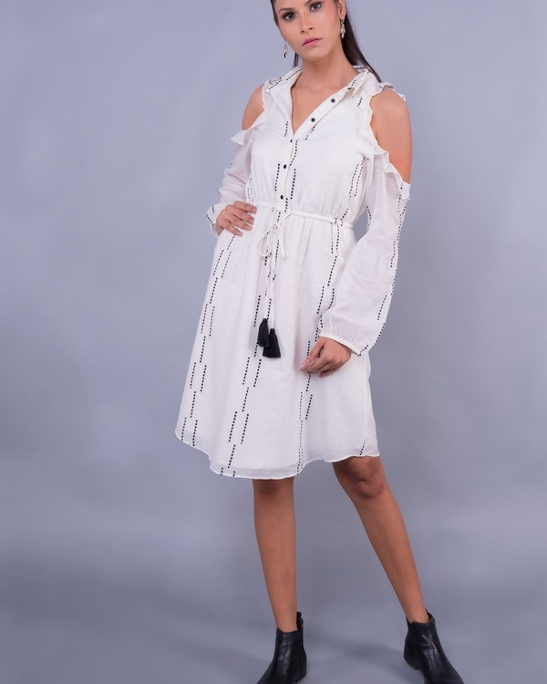 White cold shoulder ruffled buttoned tunic