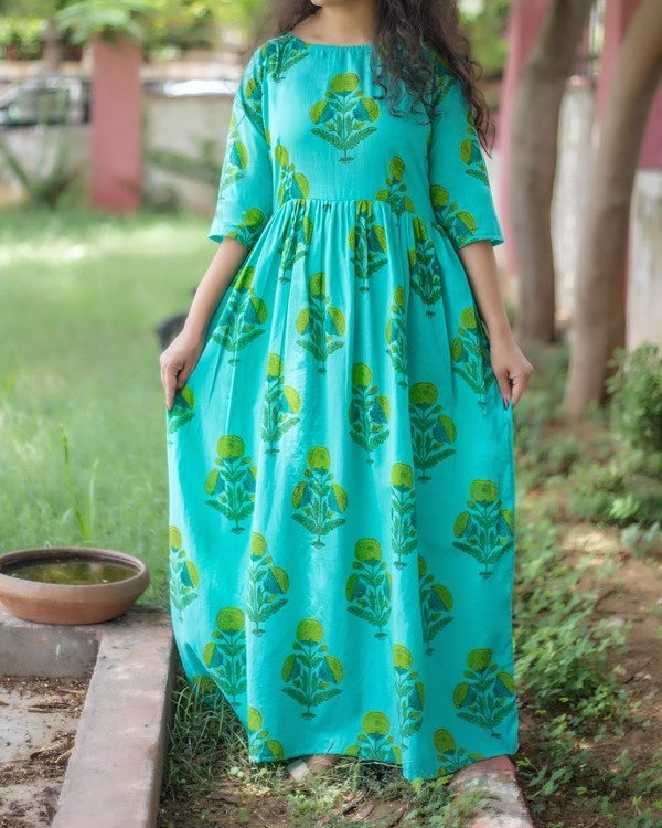 Sea blue motif printed maxi