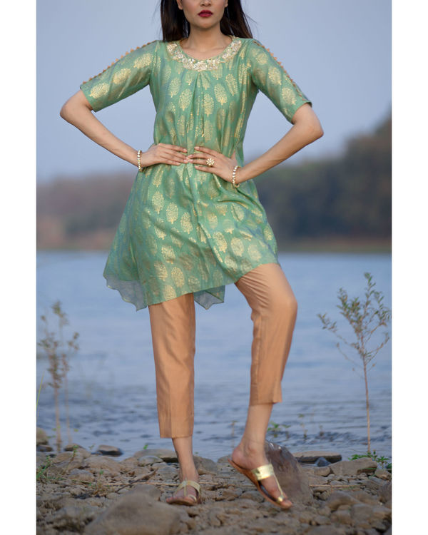 Seafoam green kurta with cigarette pants